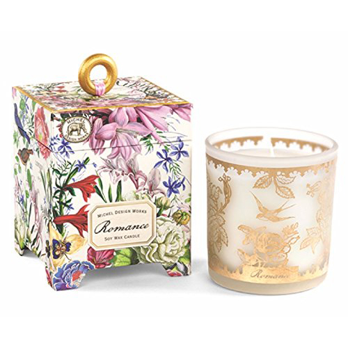10 Romantic Candles To Set The Mood For Valentine S Day